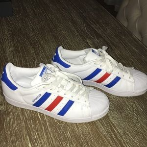 Adidas Superstar Shell toe in red white and blue